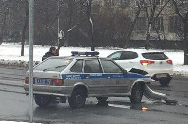 Авария смашиной Росгвардии случилась вНевском районе