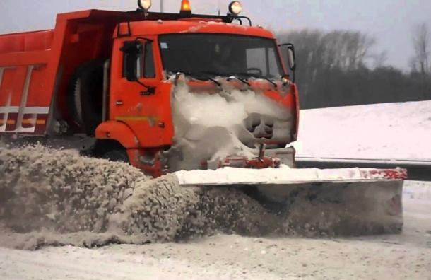 Улицы Петербурга очистили от70 тысяч кубометров снега