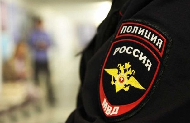 ВЛенобласти полицейский на«Митсубиси Лансер» сбил пешехода
