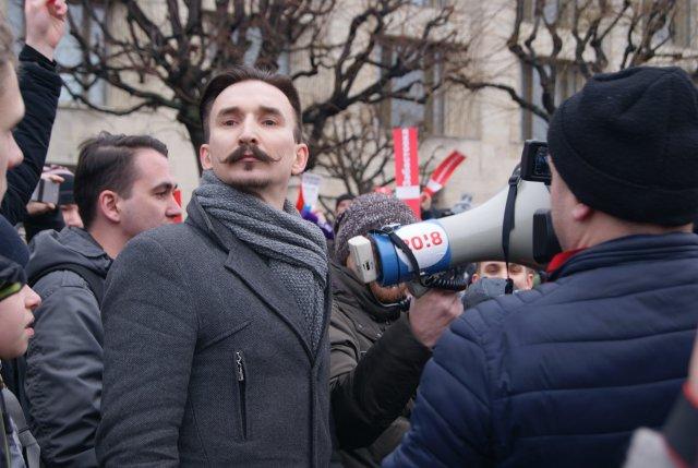 Координатора штаба Навального вПетербурге арестовали намесяц