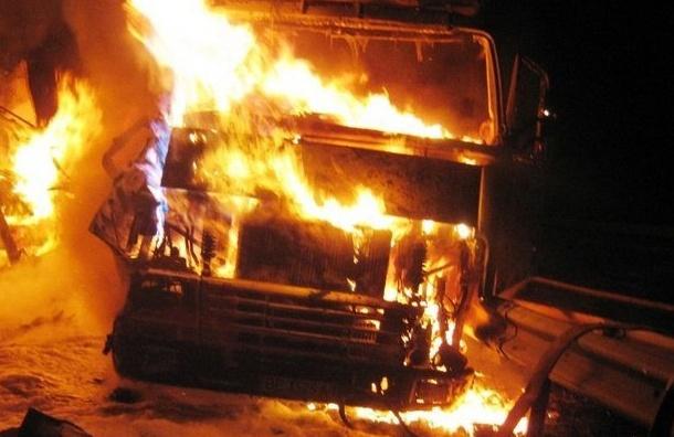 Три грузовика горели наЛевашовском шоссе