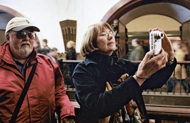 Бегущую строчку наанглийском языке протестируют нафиолетовой ветке метро