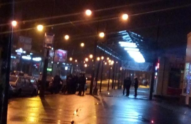 Вконфликте сострельбой вПетербурге пострадала женщина