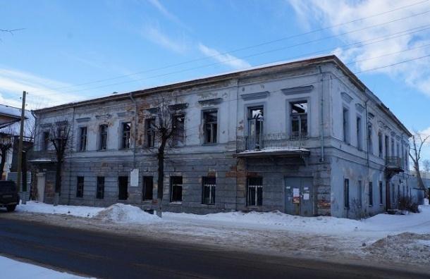 Памятник обороны Ленинграда гибнет вНовой Ладоге