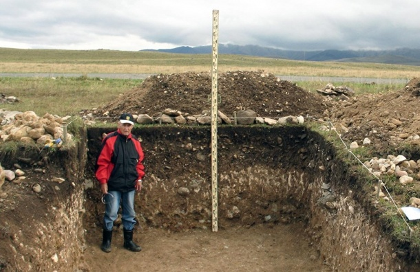 Петербургский археолог Василий Любин празднует 100-летие