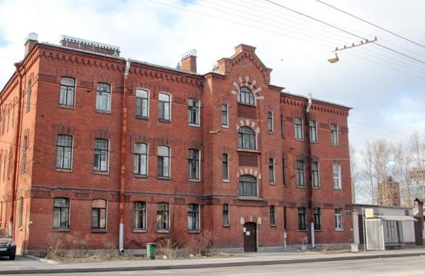 Лишать дома исторического статуса можно будет только через суд