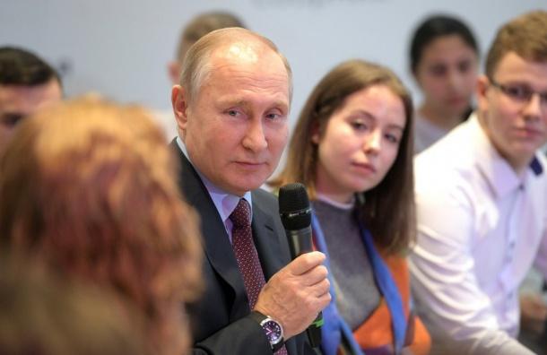 Научрук В.Путина возглавит его штаб вПетербурге