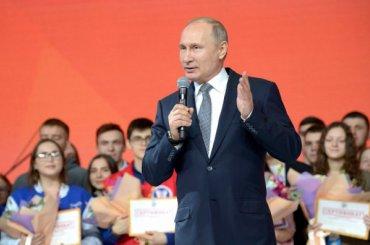Путин оцензуре вИнтернете: «Сейчасже не37-й год»