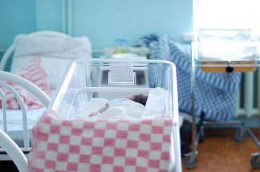 Рождаемость вПетербурге снизилась на10 процентов
