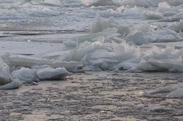 Ледовые зажоры стали причиной подъема воды вНеве