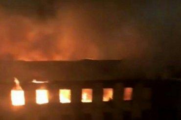 Пожар тушили вВоенно-морском институте