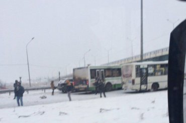 Массовое ДТП сучастием автобусов произошло наКиевском шоссе