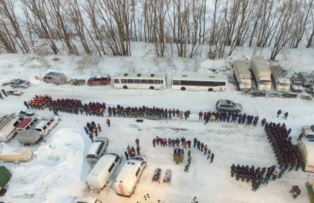 Петербург выделит помиллиону руб. за 3-х погибших вкатастрофе Ан-148