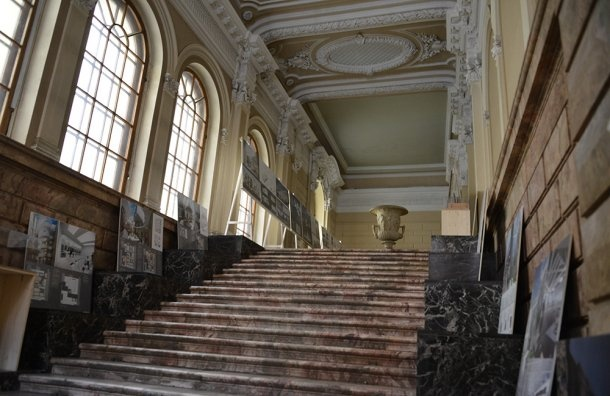 Малый Мраморный дворец передали недетям, аагентству недвижимости