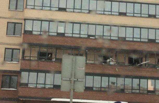 Десять квартир повреждены взрывом наРепищева