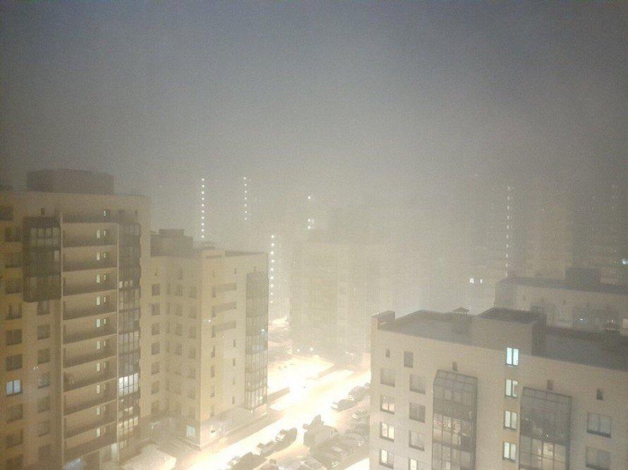 ВПетербурге 80 пожарных тушили огонь наплощадке Ленфильма
