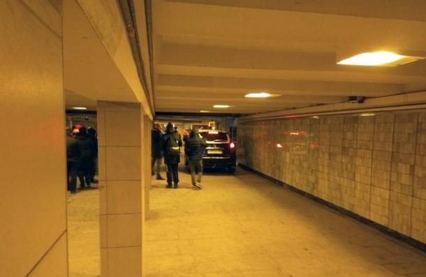 Въехавший вподземку на«Московской» водитель хотел проверить внедорожник