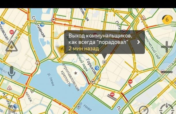 Петербург стоит в7-балльных пробках из-за снегопада