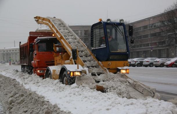 Дорожники зазиму вывезли 2 млн кубометров снега