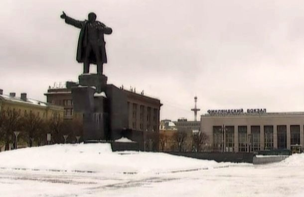 Площадь Ленина вПетербурге посоветовали сделать гайд-парком
