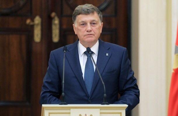 Макаров поздравил губернатора сюбилеем