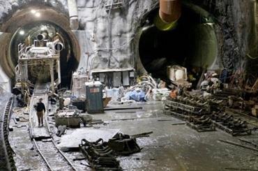 Рабочие хотят бойкотировать строительство «Театральной»