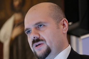 Глава православного фонда угрожал убийством подчиненной