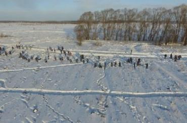 Бюджетникам Орска удерживают зарплаты ради выплат родственникам жертв АН-148
