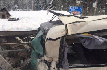 После аварии сэлектричкой иавтобусом задержан сотрудник РЖД