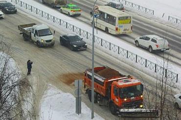Активисты обвинили власти всимуляции уборки снега