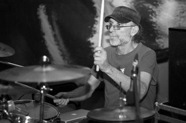 Музыканта группы «Черный кофе» нашли мертвым