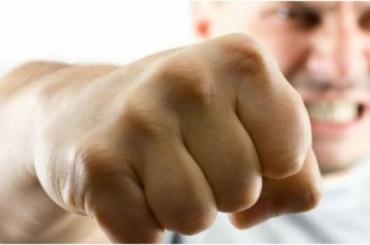 Подростки вГорелове избивают сверстников из-за неправильного вкуса
