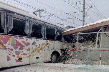 Стали известны подробности аварии с электричкой и автобусом вРощино