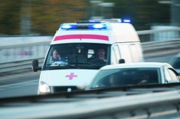 «Лада» врезалась вавтобус наПетергофском шоссе
