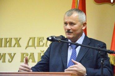 Главу Приморского района просят уйти вотставку