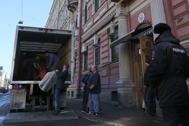 Закрытие генконсульства США в СПб 10