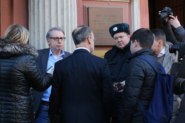 Закрытие генконсульства США в СПб 16