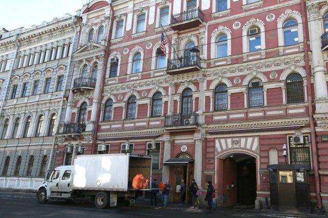 Закрытие генконсульства США в СПб 8