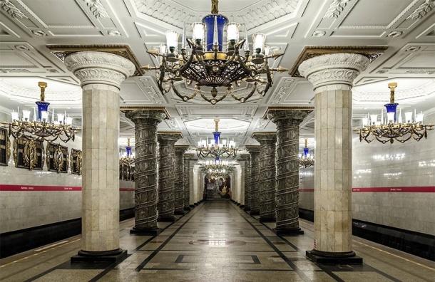 Метро обходится Петербургу в30 млрд ежегодно