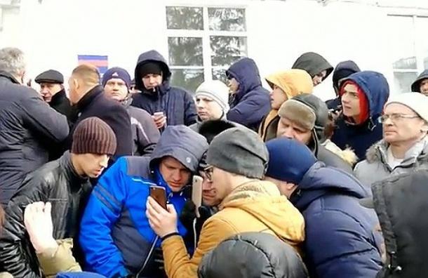 Кириенко: трагедию вКемерове использовали для провокаций