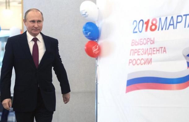 Экзит-пол: Владимир Путин побеждает напрезидентских выборах