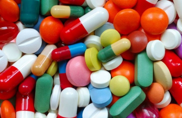Школьница отравилась таблетками отголовной боли