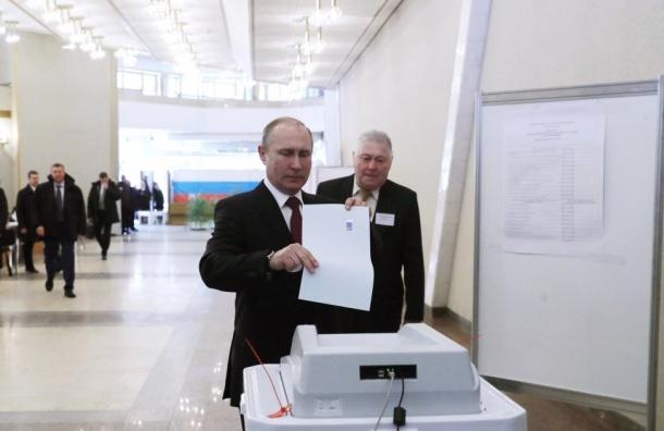 Голоса заПутина отдали почти 70% петербуржцев