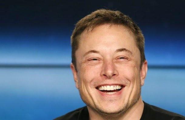 Илон Маск убрал страницы SpaceX иTesla изFacebook