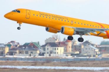 Рейс «Саратовских авиалиний» вПетербург задержали