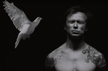 Дельфин выпустил политизированный клип