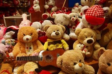 Фуру сдетскими игрушками украли вПушкине