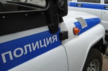 Труп школьницы вПетербурге нашли спакетом наголове