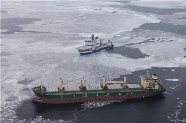Сухогруз терпит бедствие вФинском заливе
