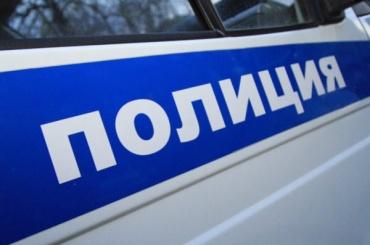 Двух волонтеров штаба Навального задержали около суда